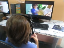 Ollavo Nery assistindo seu vídeo