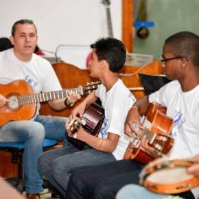 Orquestra de Violões de Piraí - Juarez Barcellos