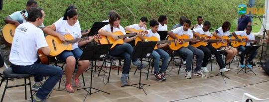 Orquestra de Violões de Piraí1